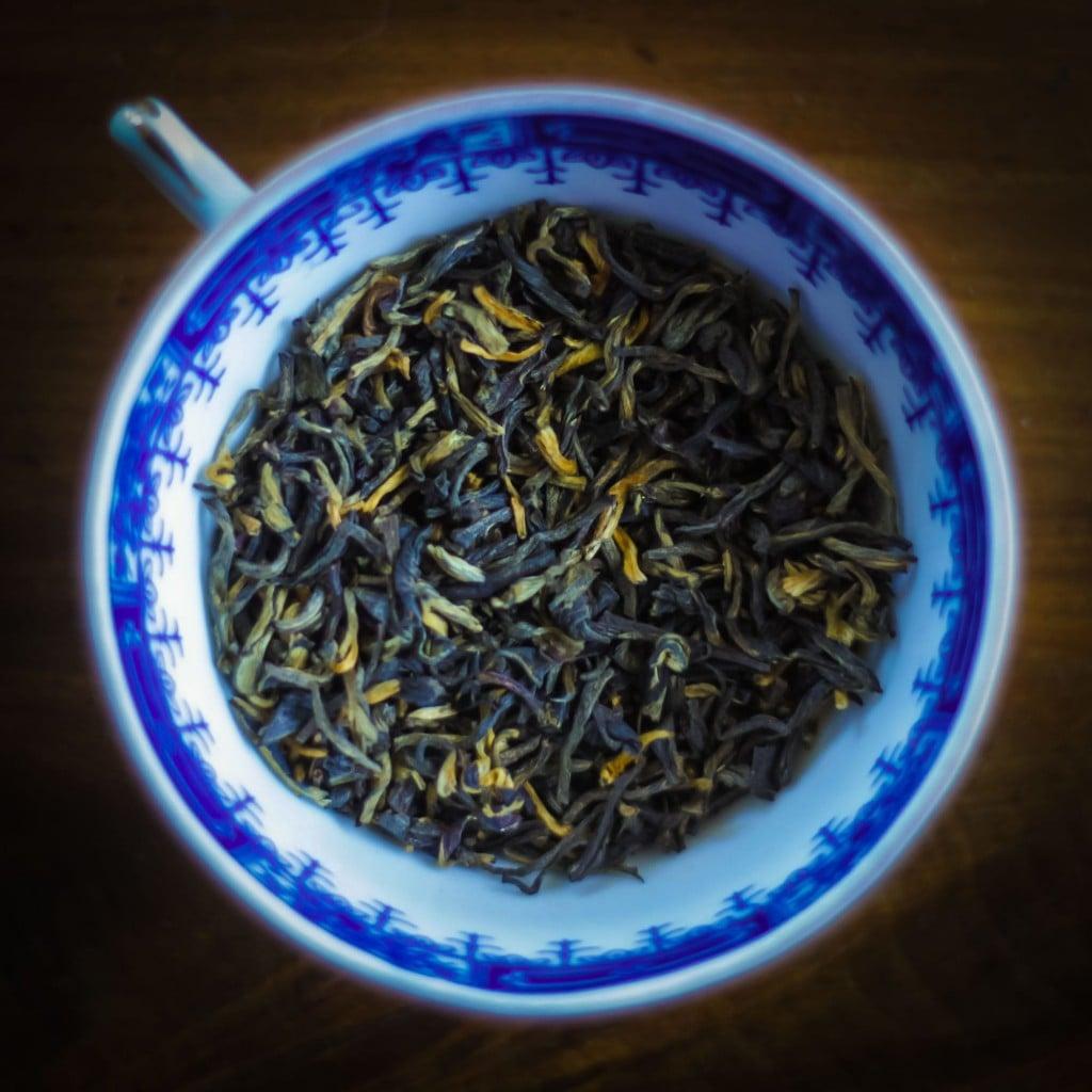 Yunnan Golden Tips Dongzhai blad-2