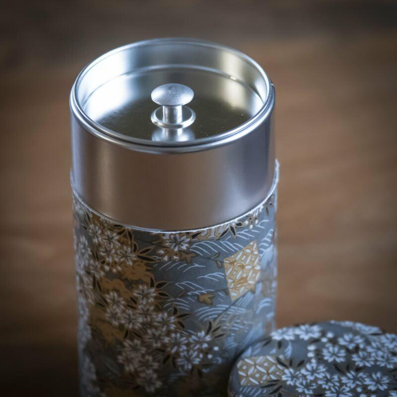 japansk teburk silvergra liten 4