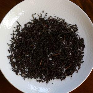 Blad av Rwanda Rukeri, svart ekologiskt te