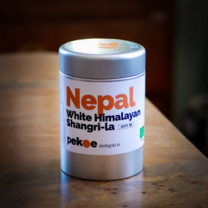 ekologiskt vitt te från Nepal