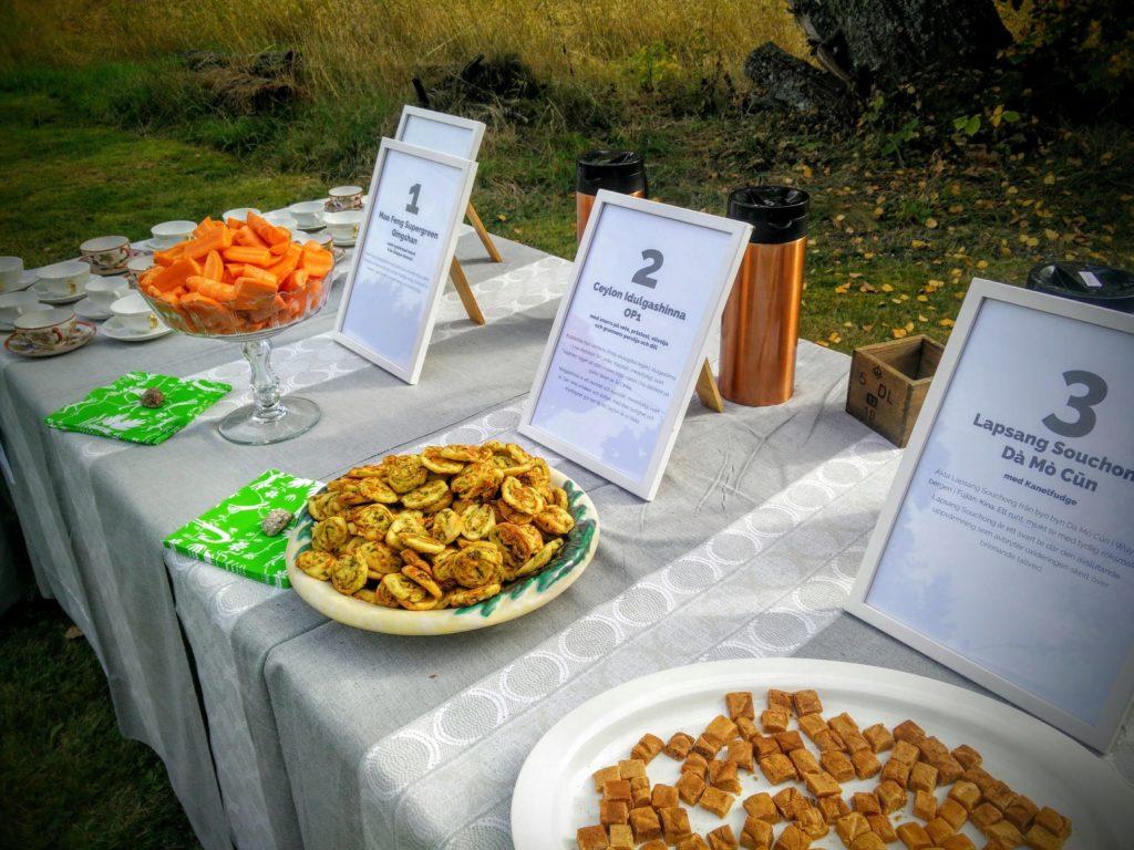 Tre teer med tilltugg på Mat & människor