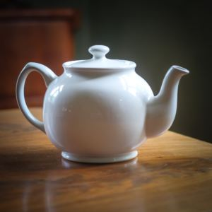 Sadler Betty teapot